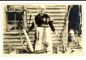 craft guild appalachian history spinning, vintage photo, allanstand, guild history